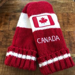 Canada Fleece Lined Sweater Mittens
